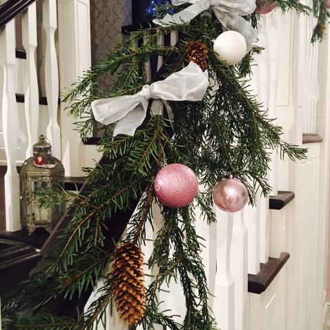 festive-garland
