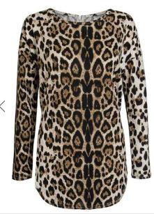 leopard pritn top