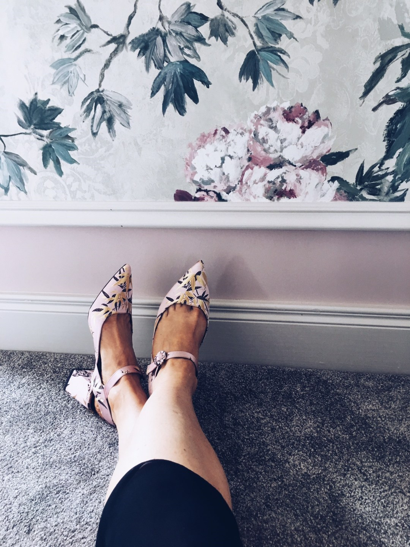 embrodiered shoes zara.jpg