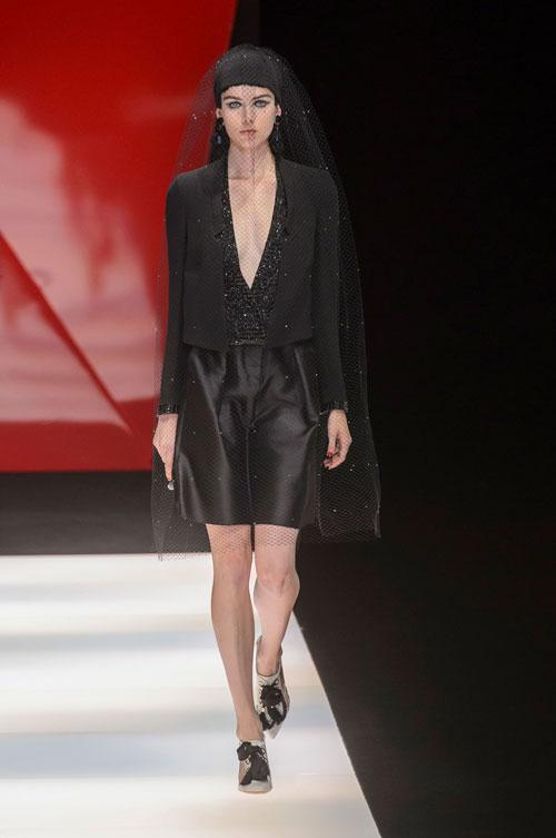 Colecția lui Giorgio Armani prezentată la Paris Fashion Week 2018 44