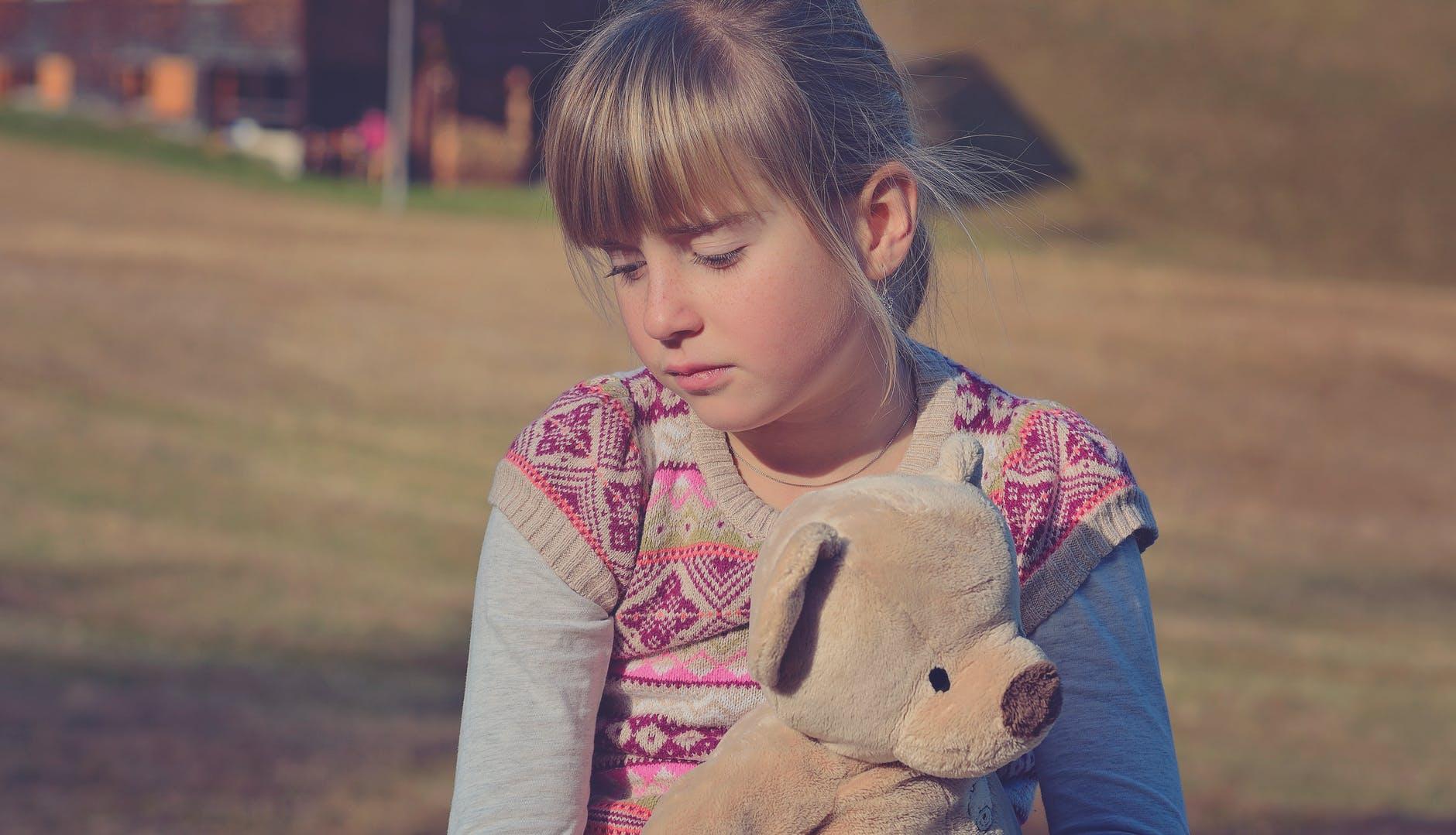 Fetiță de 3 ani cu sindrom Down, se vindecă pe echilibrare nutrițională