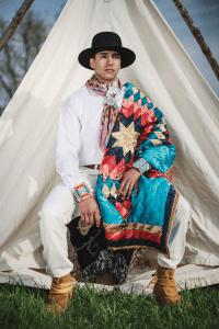 6 Designeri  folosesc moda pentru revendicarea culturii din care provin
