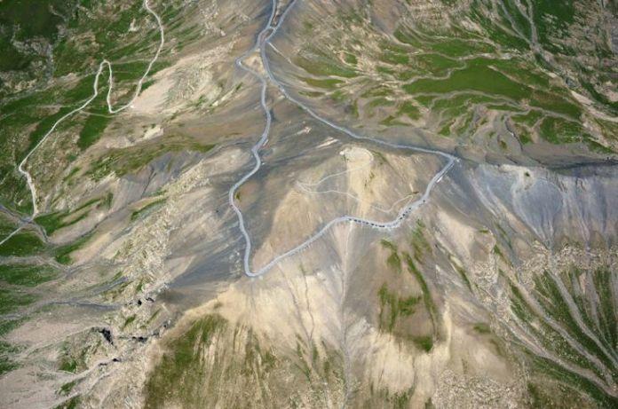 15 dintre cele mai periculoase drumuri din lume 13