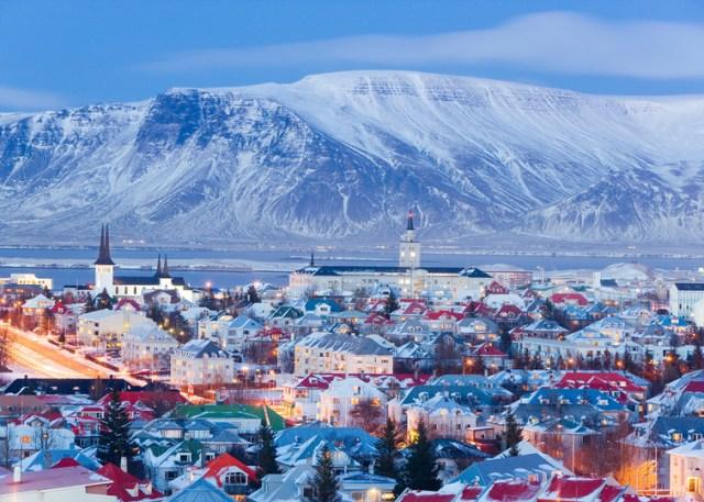 Islanda a închis restaurantele McDonalds şi nu are cazinouri 3
