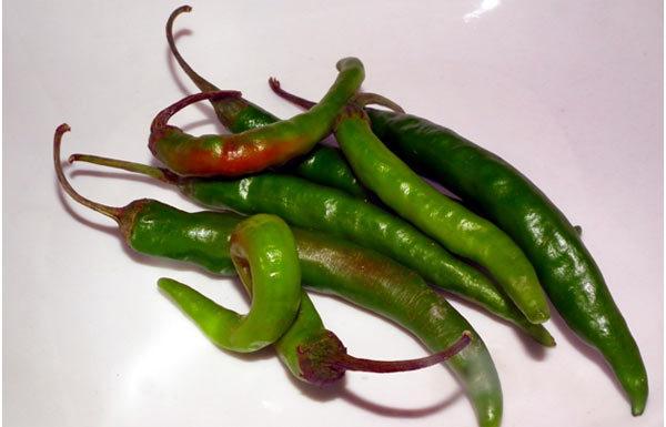 Green-Chili.jpg