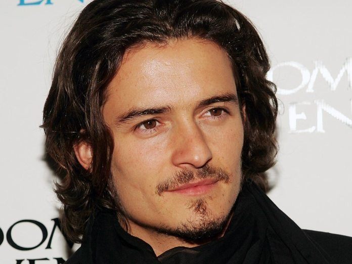 orlando-bloom-wallpaper-4-730111.jpg