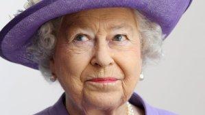 Lucrurile pe care Regina Elisabeta le ia când călătorește