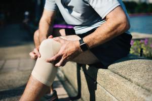 Un doctor spune că glucozamina nu reduce durerile articulare