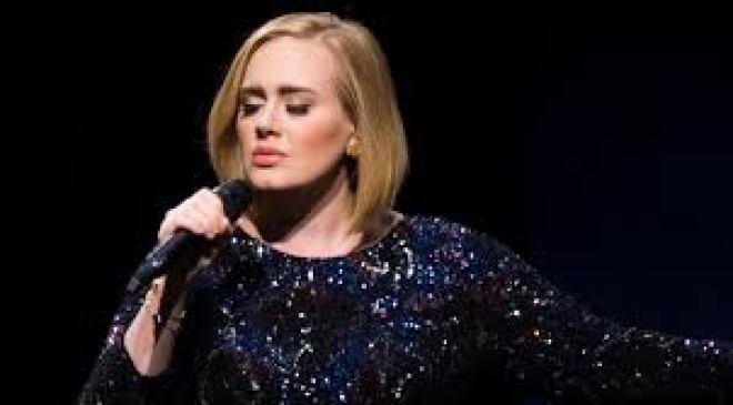 Adele:Set Fire To The Rain (Video) 1