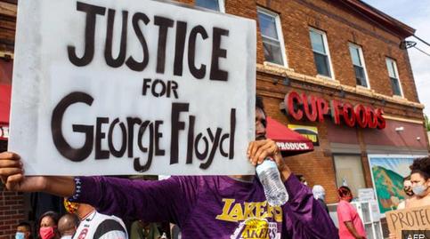 Actorul John Boyega din Star Wars luptă împotriva rasismului după moartea lui George Floyd 3