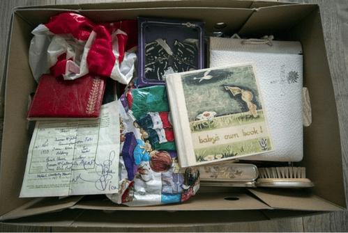 Povestea lui Iain Cunningham: După ce mama lui a murit, nimeni n-a mai vorbit de ea timp de 15 ani 4