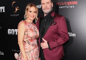 John Travolta a anunțat că soția lui, Kelly Preston, 57 de ani, a murit din cauza cancerului de sân