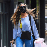 Sarah Jessica Parker has tense-looking chat with staff at her Seaport store... after hand-delivering orders herself