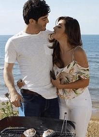 Aşk Laftan Anlamaz (Dragostea nu înțelege cuvintele) cu Hande Erçel și Burak Deniz-Serial de comedie romantică 3