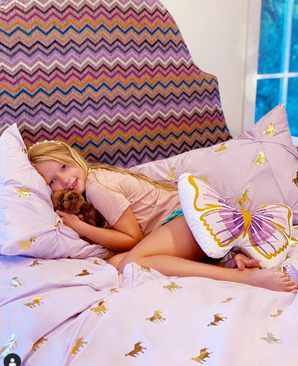 Jessica Simpson, 40, poses with daughters Birdie and Maxwell in new fashion campaign 7