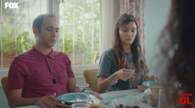 Episodul 11 din Sen Çal Kapımı (Bate la ușa mea) cu Hande Erçel și Kerem Bürsin. Secvențe Video 28