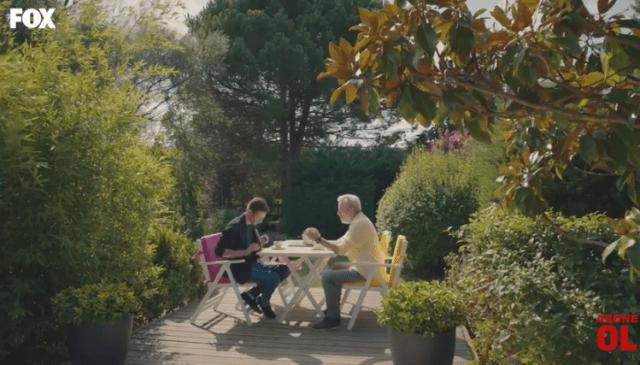 Episodul 11 din Sen Çal Kapımı (Bate la ușa mea) cu Hande Erçel și Kerem Bürsin. Secvențe Video 25