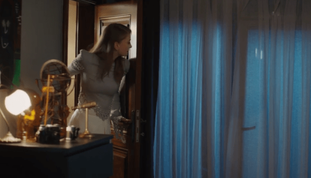 İyi Günde Kötü Günde (Zile bune, zile rele)-Episodul 2 cu Elçin Sangu,Yasemin Allen și Ozan Dolunay. Secvențe Video 18