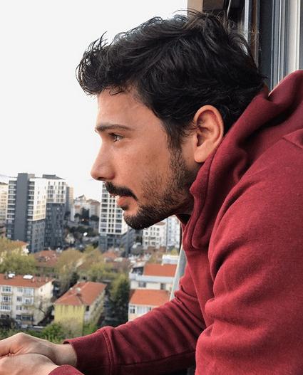 Deniz Can Aktaş, 27 de ani, unul dintre actorii favoriți din Menajerimi Ara (Sună-mi impresarul) 5