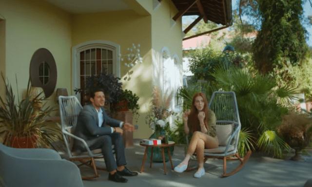 İyi Günde Kötü Günde (Zile bune, zile rele) Episodul 5 cu Elçin Sangu,Yasemin Allen și Ozan Dolunay. Secvențe Video 8