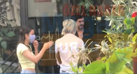 Actorul turc Burak Deniz, în vârstă de 29 de ani, se întâlnește cu supermodelul turc care are 7 ani mai mult decât el 3
