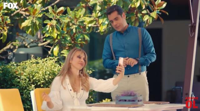 Episodul 12 Sen Çal Kapımı (Bate la ușa mea) cu Hande Erçel Și Kerem Bürsin.Secvențe Video 20