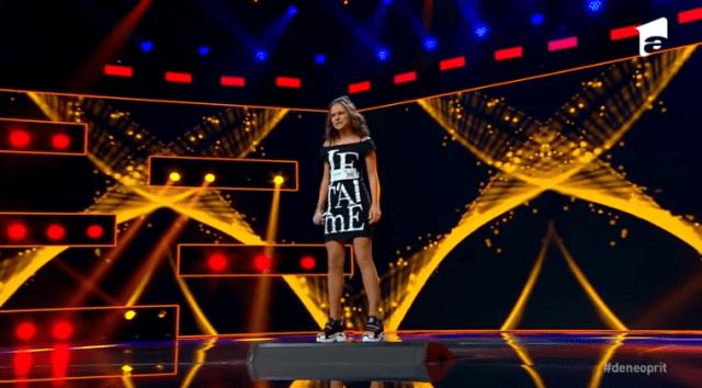 """Alexandra Căpitănescu, 16 ani, spectacol pe scena X factor:""""Am I The One"""" 3"""