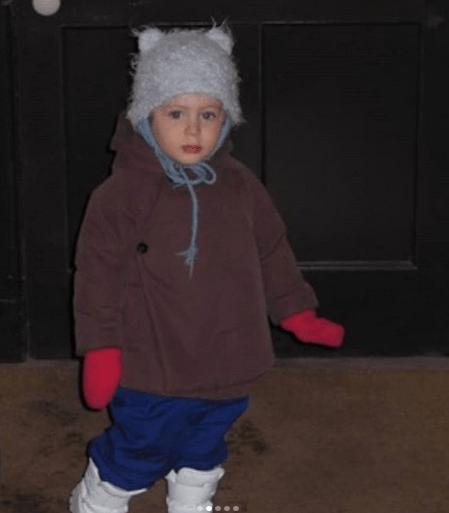 James Wilkie Broderick, fiul actriței Sarah Jessica Parker și al lui Matthew Broderick, a votat pentru prima dată 2