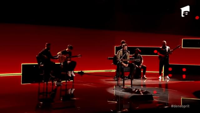 """Semifinala X Factor:Adrian Petrache, emoție pe scenă cu piesa """"Les Yeux De La Mama"""" 5"""