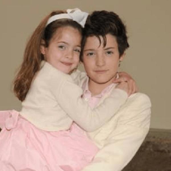 Sora lui Harry Brant, 16 ani, omagiu fratelui ei care a murit la 24 de ani