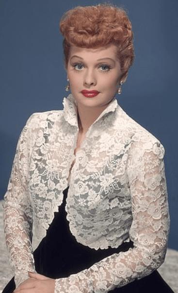 Nicole Kidman seen for first time as legendary Lucille Ball 3