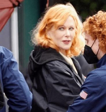 Nicole Kidman seen for first time as legendary Lucille Ball 4