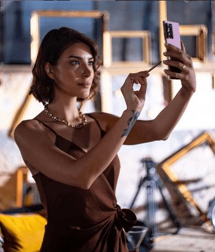 Actrița turcă Deniz Baysal Yurtçu, talent și frumusețe naturală 5