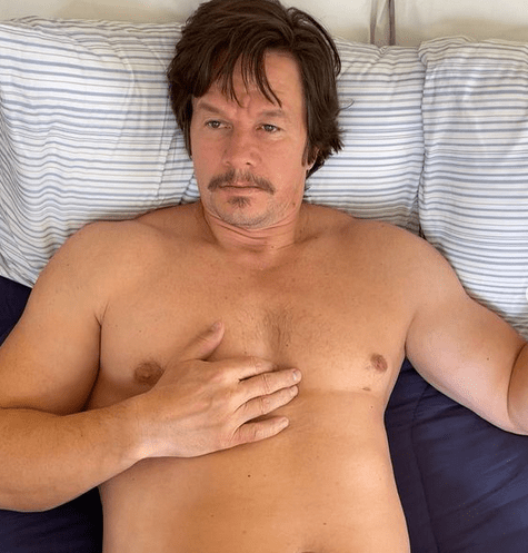 Mark Wahlberg shows off drastic weight gain for film role 7