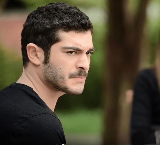 Marașli: Serial turcesc cu Burak Deniz și Alina Boz 10