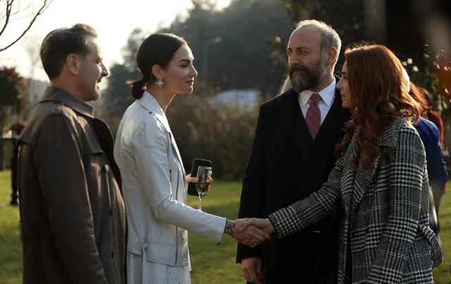 Babil (Alegerea): serial turcesc, dramă romantică (VIDEO) 1