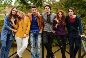 Arkadaşlar İyidir (Prietenii sunt buni): serial dramă (VIDEO)