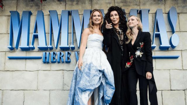 """Cele două filme """"Mamma Mia!"""" au încasat peste 1 miliard de dolari"""