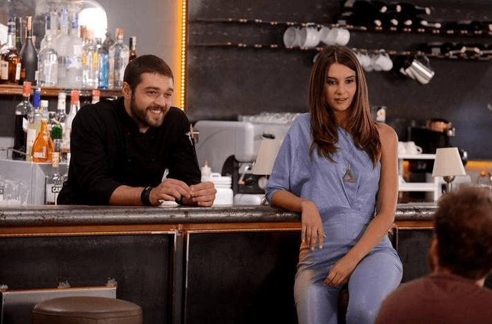 Leyla Lydia Tuğutlu și Furkan Andıç în Tatli Intikam