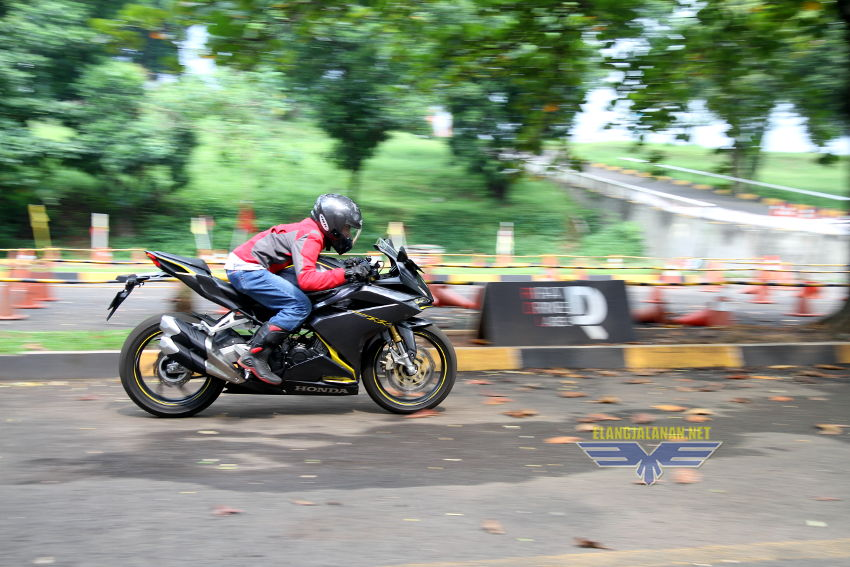 top speed tiap gigi CBR250RR