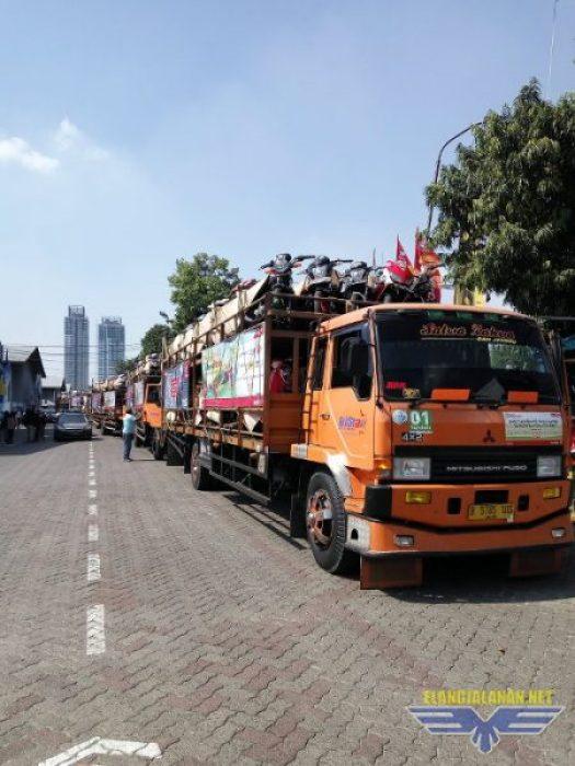 20 Truck Pengangkut Sepeda Motor Peserta Mudik Bareng Honda