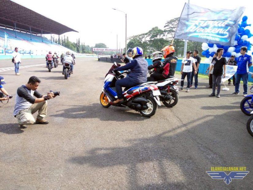 berbagai tipe motor Yamaha ikut meramaikan Victory Lap Sunday Race