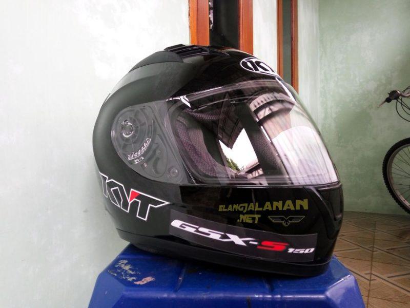 Review Helm KYT R10, cocok nih buat helm harian