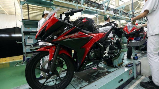 Warna Baru New Honda CBR150R