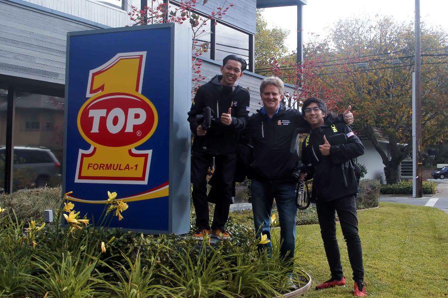 Bayu Skak dan Harald Arkan Sambangi Pameran SEMA dan AAPEX, Ngedrift Bareng Pembalap Kyle Mohan