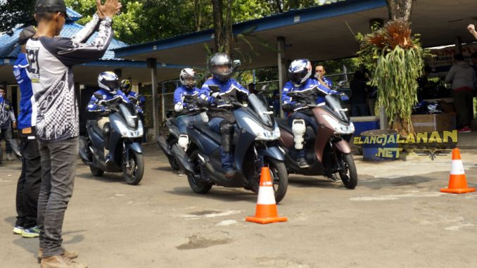Test Ride Yamaha Lexi