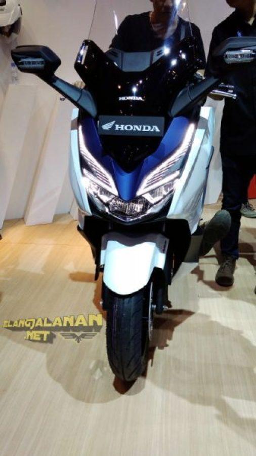Review Honda Forza 250