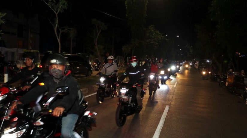 Saturday Night Riding