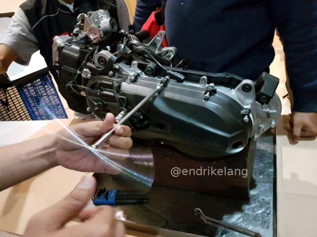 Bongkar CVT Honda Genio 110