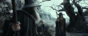 Gandalf y Radagast en los Altos Páramos tras salir de las tumbas de los Nazgûl